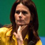Adriana Araújo - Speaker
